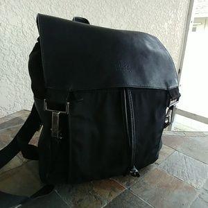 Gucci vintage Black Nylon & Leather Backpack Bag
